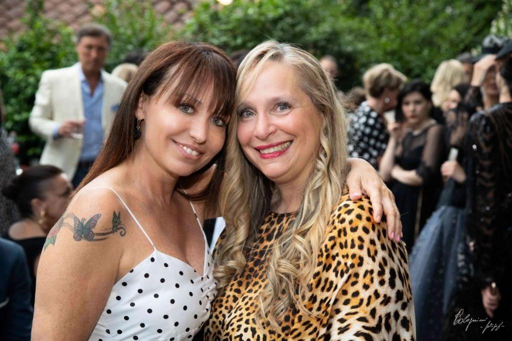 Justine D'Angelo Caporedattore Beyond the Magazine con Eleonora Lastrucci, designer