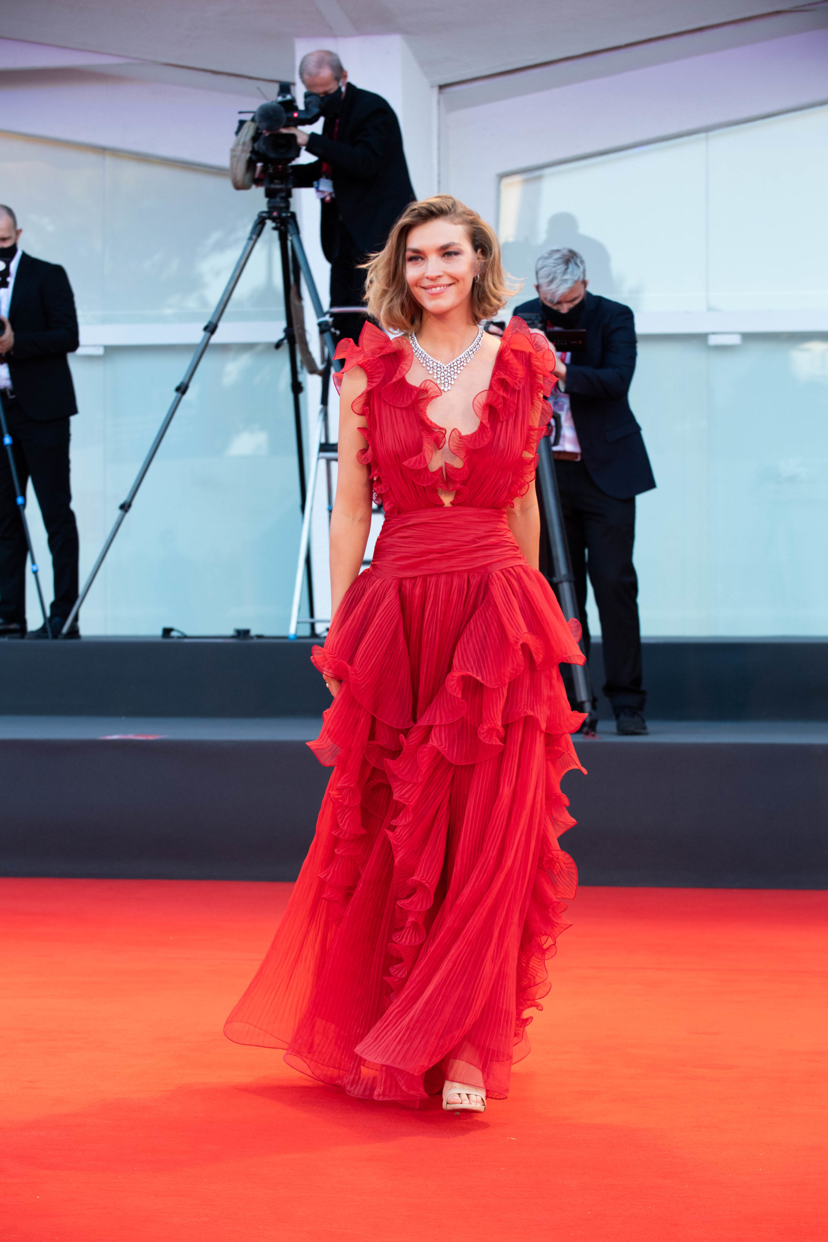 Arizona Muse Red carpet Miss Marx Beyond the Magazine Venezia 77