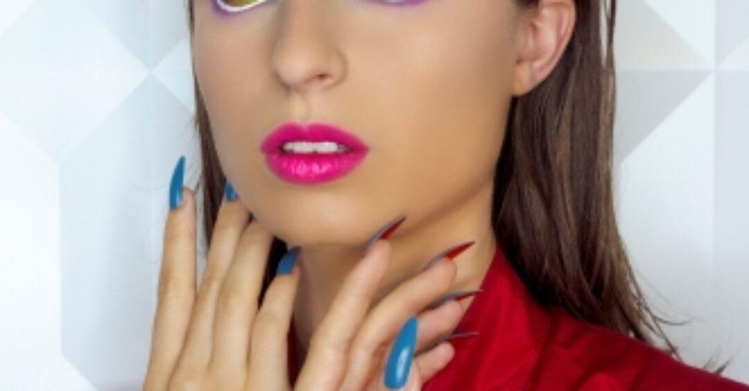 Il make-up si fa arte e racconta vulnerabilità e voglia di libertà