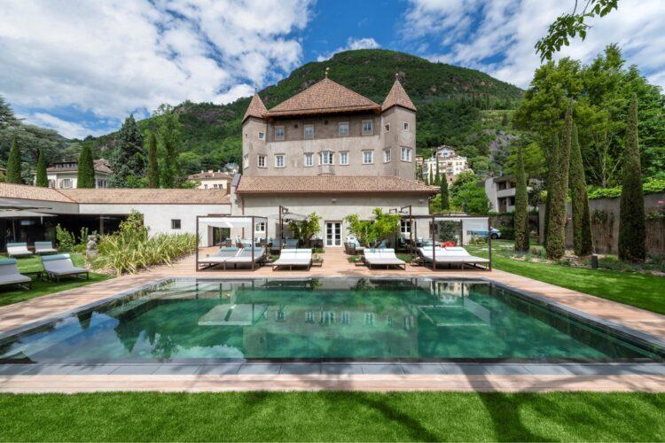 Castel Hoertenberg - Beyond the Magazine