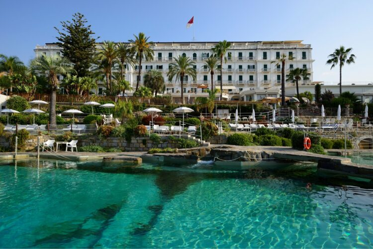Royal-Hotel-Sanremo-Beyond-the-Magazine