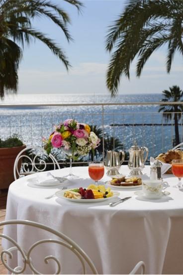 Royal-Hotel-Sanremo-Beyond-the-Magazine2