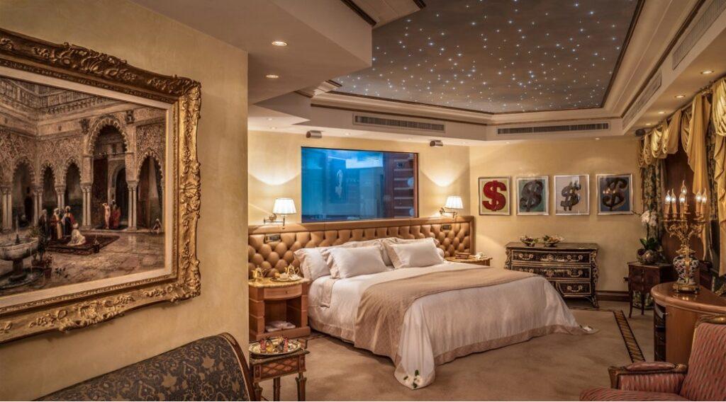 Waldorf Astoria Hotel - Beyond the Magazine