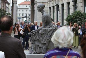 cristina trivulzio belgioioso statua donna milano