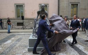 cristina trivulzio statua milano beyond the magazine